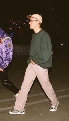 Justin Bieber Outfits, Justin Bieber Style, Justin Bieber Fashion, Big Men Fashion, Love Fashion, Fashion Outfits, Mode Man, Vetement Fashion, Skate Style