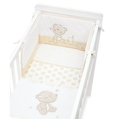 The Mothercare Hyde Crib is the essential first bed for your newborn. A classic, fixed design and fresh finish combine to make the perfect place for your new bundle of joy to rest their head.