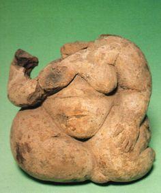 Çatalhöyük, Mother-Goddess figurine, Baked clay, level II.. Belma Kulaçoğlu (Erdinç Bakla archive) Ancient Goddesses, Art Sculpture, Mother Goddess, Goddess Art, Human Art, Art For Art Sake, Ancient Artifacts, Oeuvre D'art, Archaeology
