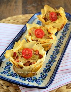 Italiaanse filodeeg quiches - Homemade by Joke Tea Snacks, Party Snacks, Dutch Bakery, Good Food, Yummy Food, Fun Food, Savoury Baking, Vegan Christmas, Happy Foods