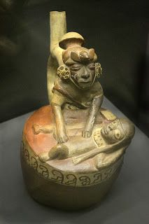 En el arte Mochica destaca la cerámica, fina, magníficamente trabajada  con  policromía . Perú http://www.southamericaperutours.com/peru/8-days-great-peru-northern-kindong.html