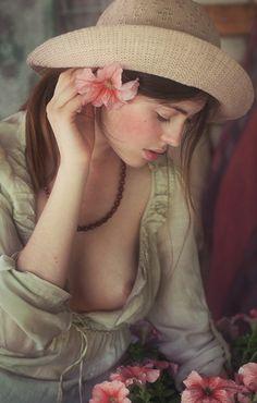 """le-voleur-de-beaute: """" Photo by David Dubnitskiy """""""