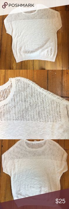 VINCE CAMUTO SHORT SLEEVE WHITE KNIT TOP Vince Camuto white light knit short sleeves top Large Vince Camuto Sweaters Crew & Scoop Necks