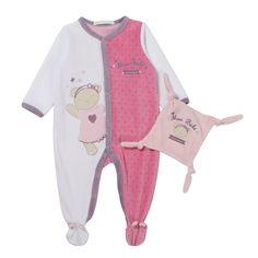 8b29549aa5c38 Des motifs et broderies roses ornent le dors bien et le doudou carré en  velours ras pour bébé fille. On aime la fantaisie et la praticité de cet  ensemble ...