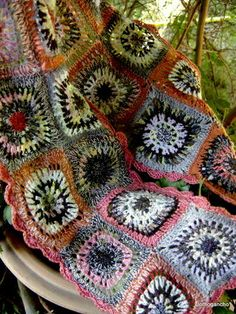 clothogancho - no pattern here, but what an amazing use of colours and yarns!