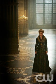 """Reign -- """"Extreme Measures"""" -- Image Number: RE303b_0022.jpg -- Pictured: Megan Follows as Catherine de Medici -- Photo: Sven Frenzel/The CW -- © 2015 The CW Network, LLC. All rights reserved."""