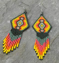 #colorfulworld  I love the color palette of these Native American earrings.