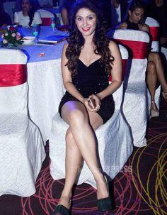 Manjari Phadnis at the Exhibit Tech Awards 2015. #Bollywood #Fashion #Style #Beauty #Hot #Sexy #Legs