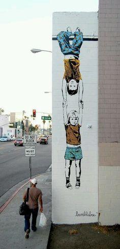 L'arte grafica sui muri. Seguiteci su http://www.diellegrafica.it