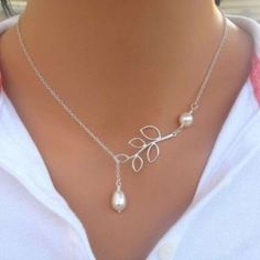 Silver Plated Leaves Simulated Pearl Chain Necklace For Women