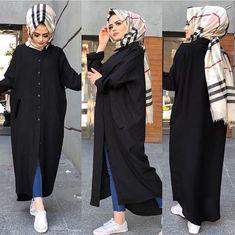 The black ❤ Modest Fashion Hijab, Street Hijab Fashion, Pakistani Fashion Casual, Abaya Fashion, Fashion Outfits, Muslim Women Fashion, Islamic Fashion, Modele Hijab, Mode Abaya