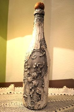 How To Decoupage On Glass Bottle With Pizzi Goffre Technique. Same technique different bottle 1