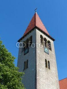 Turmspitze der evangelisch-reformierten Kirche in Helpup bei Oerlinghausen in Ostwestfalen-Lippe