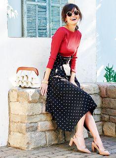 ドットはモノトーンで大人っぽく。美人度が上がる、ただ可愛いだけじゃないコーデ術 Capsule Outfits, Business Attire, Japanese Fashion, Fasion, Clothes For Women, Elegant, My Style, Womens Fashion, Casual