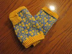 Ravelry: calcairns' Blue & Yellow Spillyjane Mitts
