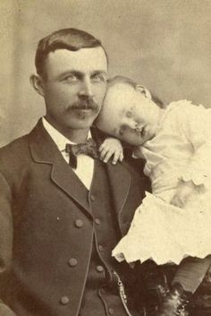 +~+~ Antique Photograph ~+~+  Sweet portrait of father and little one