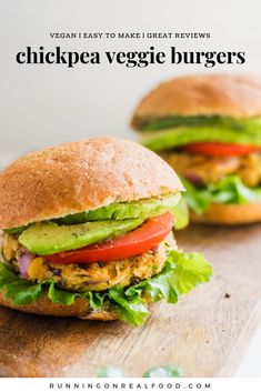 Vegan spicy chickpea veggie burgers - running on real food Vegan Recipes Videos, Veggie Recipes, Healthy Dinner Recipes, Whole Food Recipes, Healthy Snacks, Vegetarian Recipes, Vegetarian Barbecue, Hamburger Recipes, Vegetarian Cooking
