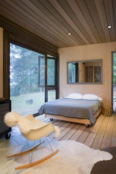 CANOE DESIGN: A Cabin in the Woods