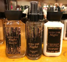 Discover recipes, home ideas, style inspiration and other ideas to try. Bath Body Works, Bath N Body, Bath And Body Works Perfume, Lip Scrub Homemade, Victoria Secret Fragrances, Bath And Bodyworks, Perfume Collection, Body Spray, Smell Good