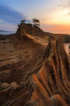 The Great Wall - Broken Hill, Torrey Pines (CA) by sjs61, via Flickr