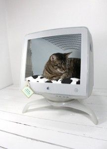 DIY Computer monitor cat bed