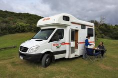 This home on wheels is the ultimate freedom machine. Suitable for 2 adults and 2 children or even 2 couples. Up to 2 baby or booster seats can be fitted but please advise age and weight of child on booking. 4 berth - explorer - motorhome rental in Australia.