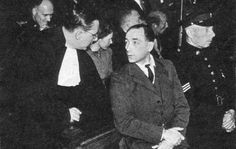 Van der Waals, traitor and murderer was sentenced and executed on Januari 26, 1950. He was an important spy for the Sicherheitsdienst in The Netherlands and responsible for the death of a large number of people.