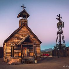 Today's pic post is just for fun because I think it's a cool shot even tho I won't be releasing this one on my pro sites for a number of reasons. Enjoy the more whimsical side of my photography! . #goldfieldghosttown #explorearizona #exploremore #goexplore #arizona #goldfield #ghosttown #travel #dusk #bluehour #church #windmill #mesa #superstitionmountains #sunset #touristtrap #tourist