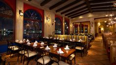 Dine in style at Walt Disney World this New Year's Eve with several special dining events to choose from. #NYE #WDW