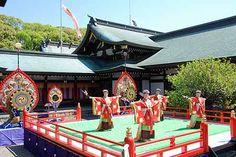 真清田神社 神楽舞『桃豊舞』