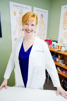 Leslie Smith, MD, is a Western-trained physician who prefers acupuncture needles…