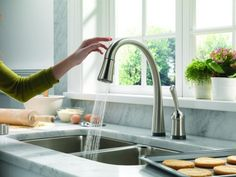 Exceptional Kitchen Remodeling Choosing a New Kitchen Sink Ideas. Marvelous Kitchen Remodeling Choosing a New Kitchen Sink Ideas. Best Kitchen Faucets, Kitchen And Bath, New Kitchen, Kitchen Decor, Awesome Kitchen, Beautiful Kitchen, Design Kitchen, Kitchen Ideas, Kitchen Island