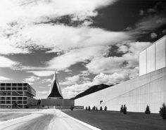 Architect-Skidmore_Owings and Merril: USAFA Cadet Chapel-Colorado-USA