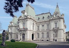 Craiova, Romania - Jean Mihail Art Museum (Baroque Architecture in Romania) Beautiful Buildings, Beautiful Places, Romania Travel, Turism Romania, Architecture Baroque, New England States, Famous Buildings, Highlights, Tourist Places