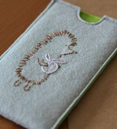 felt phone case - hedgehog
