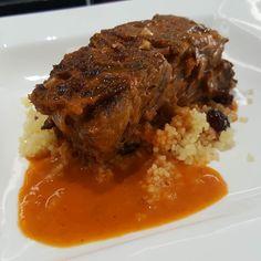 Rabo de toro con cous cous y curry rojo en @vegamarseleccio @vegamarb #cenasvegamar