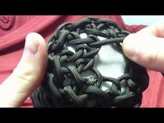 ▶ Paracordist How to make the paracord iPhone case Part II - YouTube