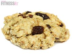 10-minute Oatmeal Raisin Protein Cookies - Only 100 calories per cookie!