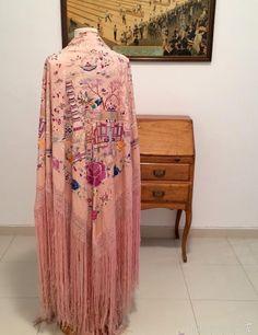 MANTÓN DE MANILA ANTIGUO EN SEDA DE FINALES DEL S. XIX (Antigüedades - Moda - Complementos - Mujer - Mantones Antiguos)