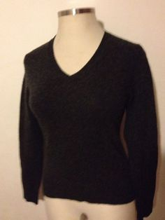 NWOT GAP Women's Stretch Sweater Pullover V-Neck Lambswool Gray Long Sleeves New #Gap #VNeck #Sweater #Lambswool