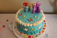 My little Pony Kuchen, innen ist es ein Regenbogenkuchen. Geht auch mit Fillys. Perfekt für kleine Mädchen zum Geburtstag, Geburtstagskuchen, Geburtstagstorte, mein kleines Pony