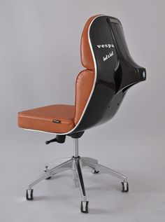 re-purposed vespa seat | Designer: Bel - http://www.belybel.com
