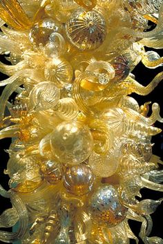 Dale Chihuly...all glass sculpture