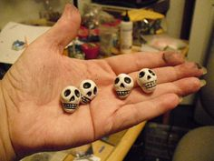 Halloween Polymer clay Skull Beads tutorial Pt.2 Jewelry