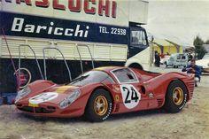 "Willy Mairesse / ""Jean Beurlys"" - Ferrari 330 P4 - Équipe Nationale Belge - XXXV Grand Prix d´Endurance les 24 Heures du Mans - 1967 International Manufacturers Championship : Prototypes Unlimited, round 7 - Challenge Mondial, round 4"