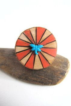 Moois van ' M(i)e': hout + verf + vuur + vingers