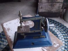 Little Betty Toy sewing machine made in England
