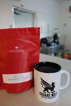 イギリス・ロンドン出張より   厳選コーヒー ニカラグア・リモンチロ農園   標高:1200m 品種:パカマラ種 生産処理:フリィウォッシュド 地区:マタガルパ オレンジ、シナモン、グレープフルーツ、ブラックベリー といった、ジューシーで爽やかな素晴らしい風味のコーヒー。