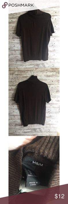 H&M brown turtle neck sweater H&M brown short sleeve turtle neck sweater. Excellent condition H&M Sweaters Cowl & Turtlenecks