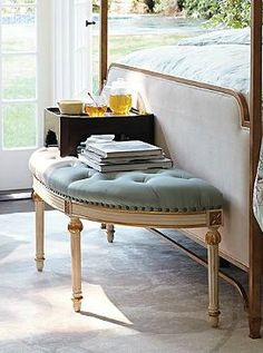 A beautiful addition to your master suite or dressing room, the Gwen Demilune Bench features a hand-carved hardwood frame finished in antique-white and gold-leaf highlights and topped with a premium foam cushion.